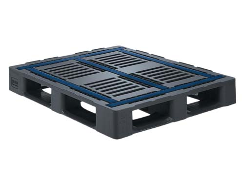 Top of the Craemer CR3-5 general purpose plastic pallet with rim