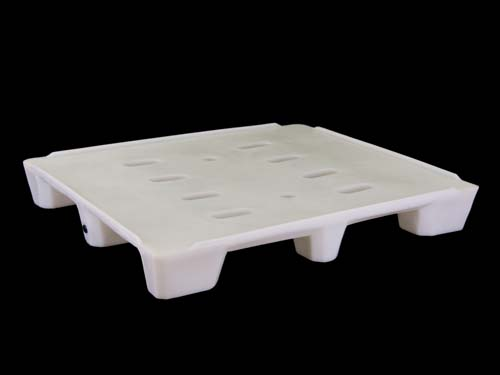 XIN Top of the 12-10 4-Way Hygiene floor plastic pallet with rim.