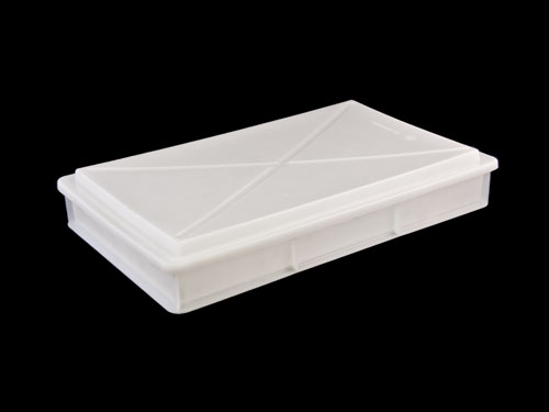 1561 Pastry Tray with 1562 Lid