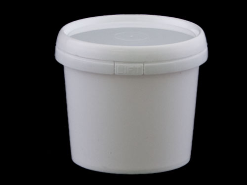 Closeup of Ezy Pail 500ml with 6521 Lid